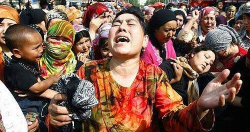 Uygur Kadınlarına Çin zulmü Resimleri ile ilgili görsel sonucu