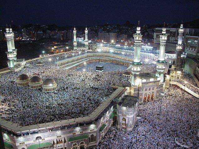 1. Mescit-i Haram, Mekke, Suudi Arabistan