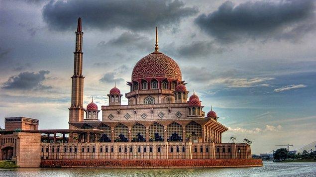 11. Putrajaya Camii,  Putrajaya, Malezya