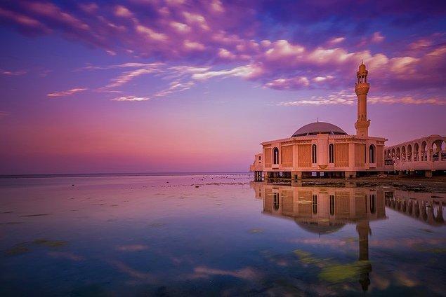 20. Yüzen Camii, Cidde, Suudi Arabistan
