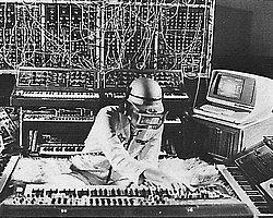 Müzikte Alternatif Arayanlar İçin 20 Şarkıyla Elektronik Müziğe Giriş