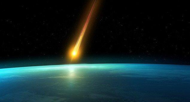 12. Meteorlar yanmıyor, donuyor.