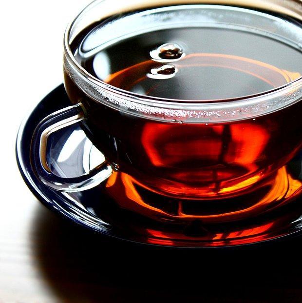 Bir çayınızı içerim varsa eğer.