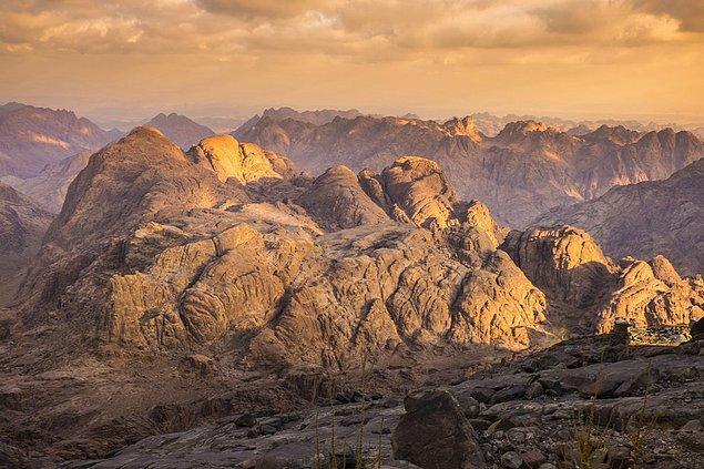 33. Sinai Dağı; Mısır