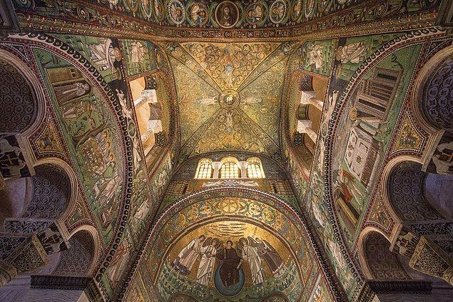 34. San Vitale Bazilikası; Ravenna, İtalya