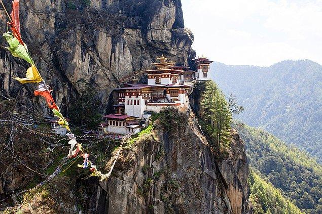 36. Taktsang Palphug Manastırı; Bhutan