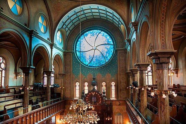 39. Eldridge Street Sinagogu; New York