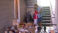 Kitaplara Parası Yetmeyen Çocuğun Postacıya Sorduğu İlginç Soru Hayatını Değiştirdi