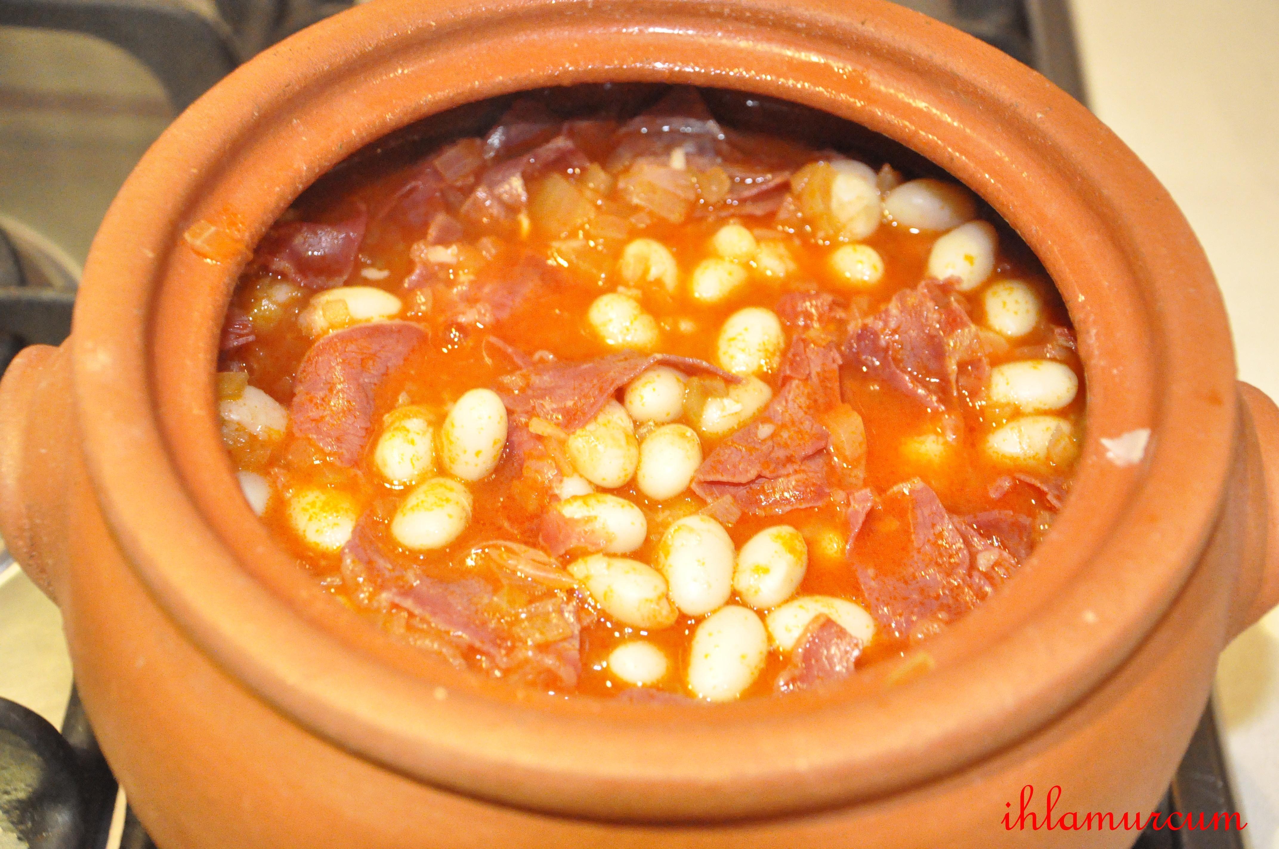 Filo tarzında makarna nasıl pişirilir: güveç ile tarifi