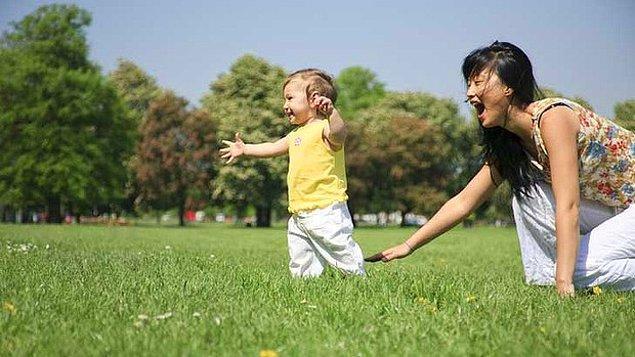 14. Onun yürümeye başlayacağı günleri hayal etmekten kendinizi alamazsınız.