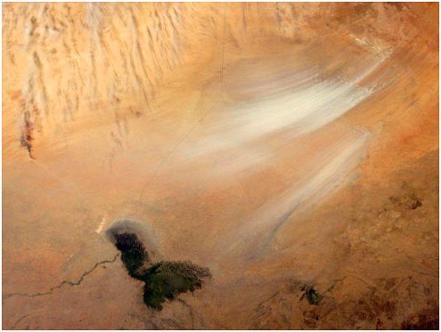 7. Dünyadaki en büyük toz kaynağı,Güney Sahra'dadır.
