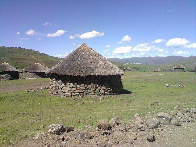 Gunnar'ın evlenme teklifi aldığı diğer yer Lesotho'da bir anne onu kızına istemiş. Gunnar bu kızla evlenmeyi kabul etseydi şu an köyün başına geçmişti.