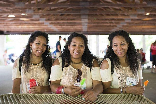 6. Detroit'ten gelen üçüzler; Latrina, Latasha ve Latoya Thompson, 25