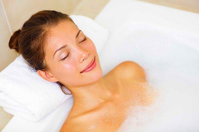 Banyo yapmak gibi günlük sıkıcı işlerinizi faydalı bir hale sokun.