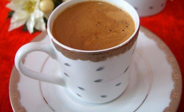 11. Nutella'yı biraz Türkleştirmeye ne dersiniz? İşte karşınızda Nutella'lı Türk kahvesi!