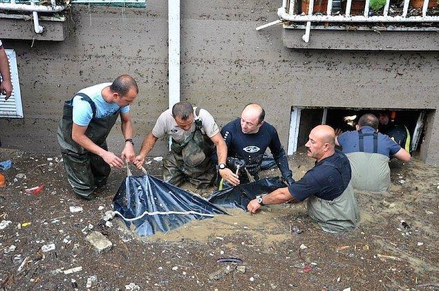 6- Samsun'da 13 Kişinin Öldüğü Sel Felaketine Takipsizlik