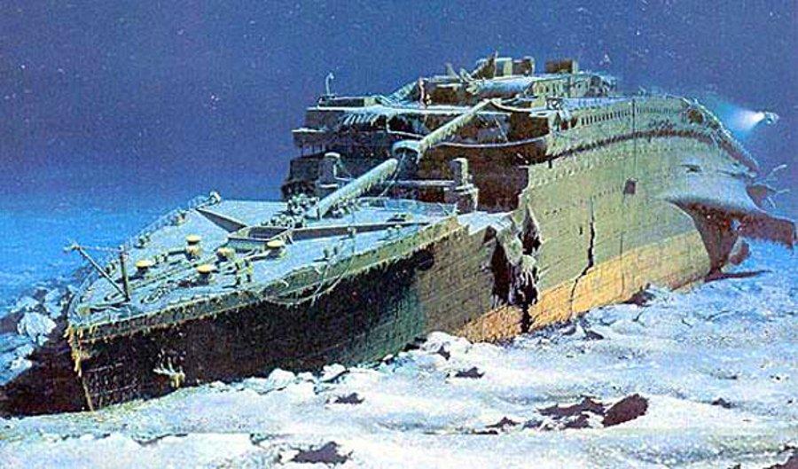 Viking Gemisi, Deve ve Yere Çakılmış Savaş Otobüsü Nerede Bulunur?