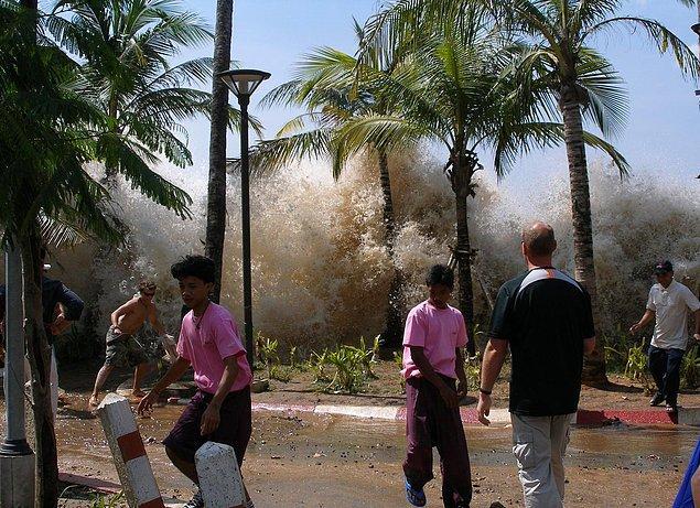 Tsunaminin kıyıya varışı