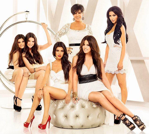 12. Kardashian ailesini tanımamanın dayanılmaz hafifliğiyle yaşamak.