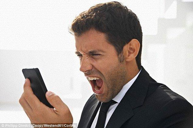 11. Telefon mesajlarıyla, insanlarla ilişkilerinizi bitirmezseniz karşınızdaki için daha iyi olabilir.