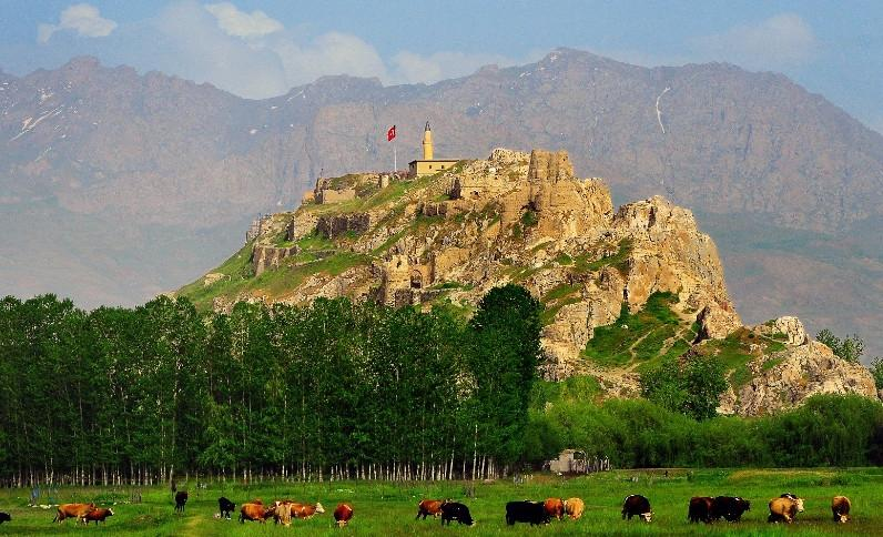 Van Kalesinin UNESCO Dünya Miras Listesine Alınması İçin ...