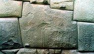 İnka Duvar Ustalarının Harçsız Yaptığı ve Yüzyıllardır Bozulmadan Korunan 12 Köşeli Taş