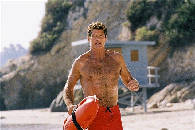 3. Los Angeles Country'nin cankurtaran ekibini konu alan dizi ekibin başı olan Mitch Buchannon'ın (David Hasselhoff) etrafında şekilleniyordu.