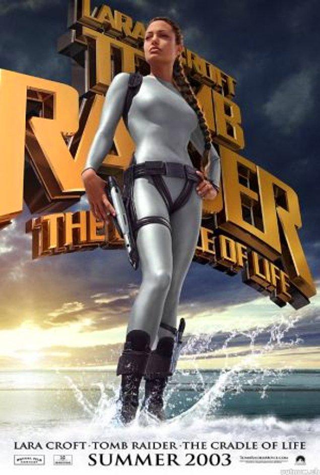 Lara Croft (2)