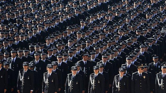 'Polis vicdanı olmayanların karşısındadır'