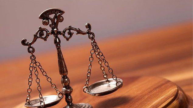 """Savcı ve avukatların """"eşit temsili"""""""