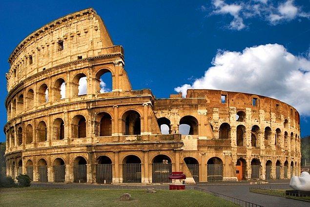 2. Kolezyum (İtalya)
