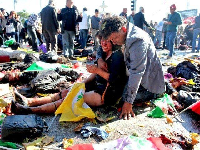 Ankara Katliamının Sembolü Olan O Fotoğrafın Acı Hikayesi