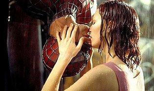 Unutulmaz Filmlerden Seyrederken İnsana Aşkı Hissettiren 26 Efsane Öpüşme Sahnesi