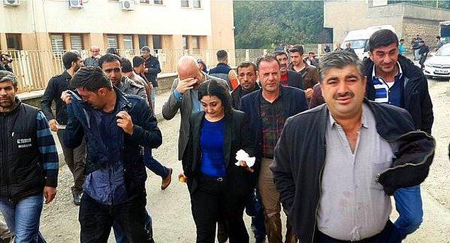 Başsavcılık, kamu görevlilerine alenen hakaret ettiği gerekçesiyle soruşturmayı başlattı