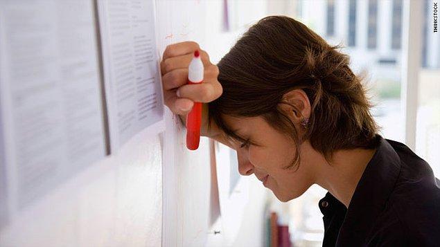18. Sınavda düşük alan bir öğrenciye, nereden puan verebilirim diye bakıp bir sınav kağıdıyla bütün öğle teneffüsünü geçirmek demektir.