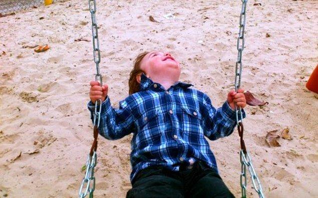 Обнимайте чаще ребенка внутри себя
