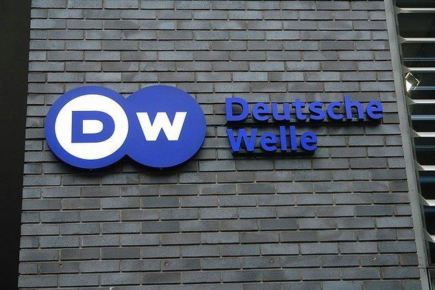 Deutsche Welle: Türkiye, hükümeti eleştiren gazetecileri tutukladı