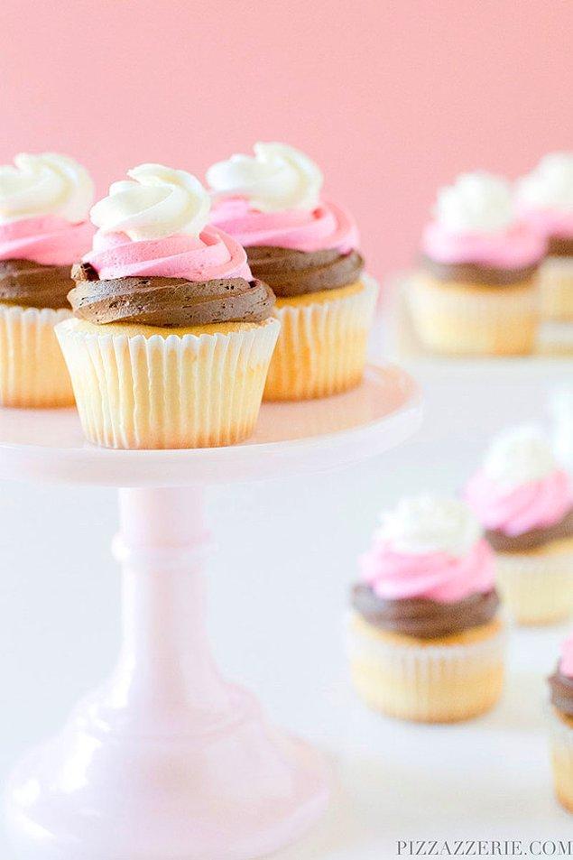 6. Tıpkı dondurma gibi gözüken cupcakelere ne dersiniz?