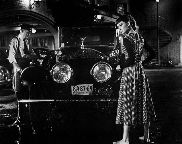 9. Ağırlıklı Olarak Aşk, Komedi ve Romantik Komedi Türünde Olan İç Isıtan Filmler