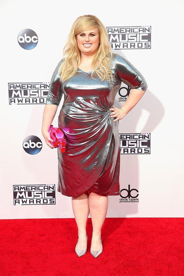 Ребел Уилсон на American Music Awards.