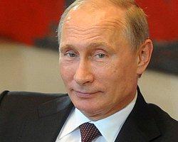 Bir yerde KGB yazısı görünce akıllarına direkt olarak grupta paylaşmak gelir (Doğal olarak)