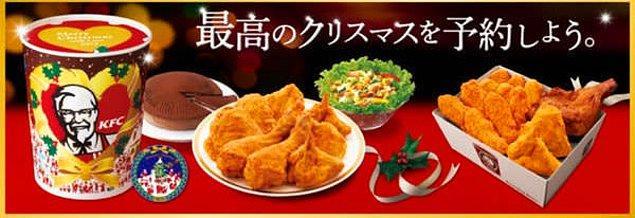15. Noel günü de herkes çalışmak zorunda olduğu için KFC'nin sunduğu Noel'e özel akşam yemeği.