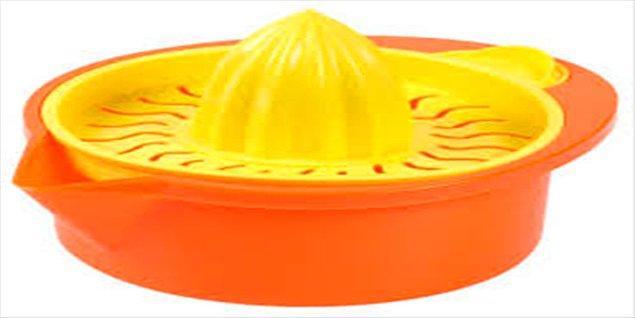 6. Plastik katı meyve sıkacağı.