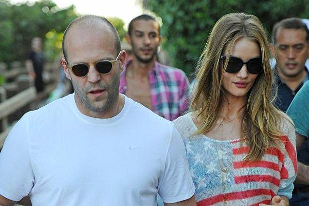 19. Jason Statham bile kel baksana adama, hayatı boyunca kel yaşadı ama neler başarıyor.