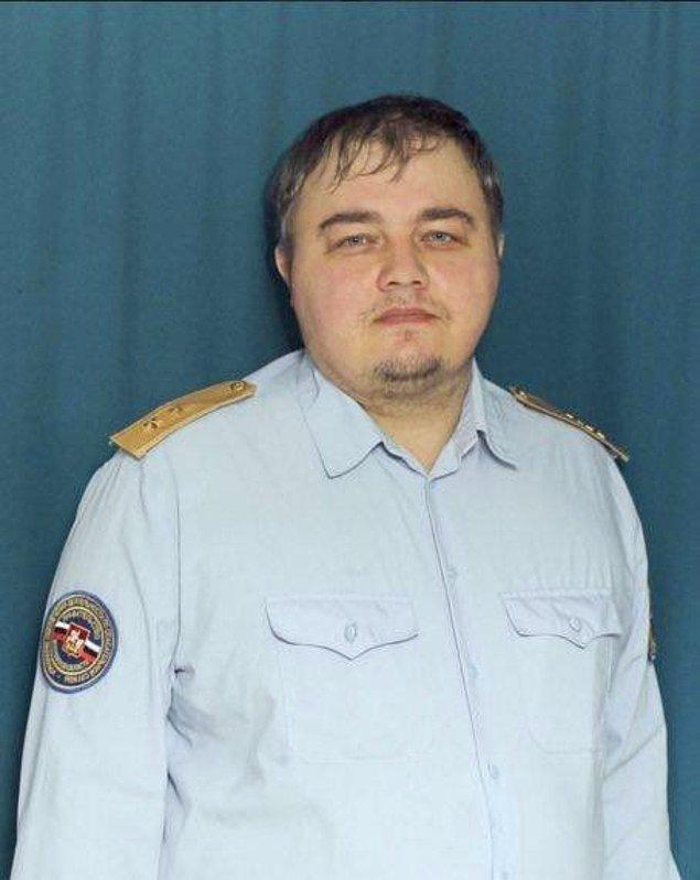 Опять российский же военный: