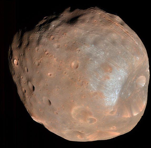 15. Mars'ın diğer uydusu Phobos