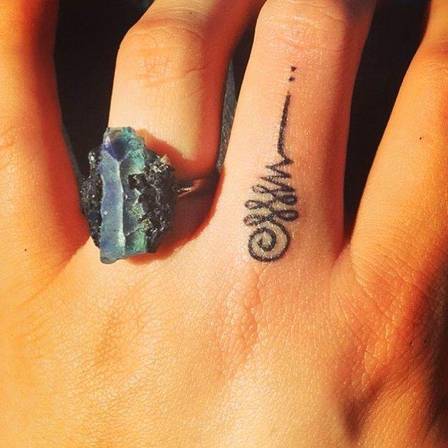 4. Farklı bir şeyler arayanlar için Unalome dövmesi