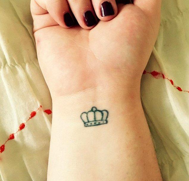 17. Kraliçe tacı