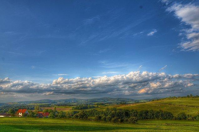 8. Çek Cumhuriyetinde tepelere tırmanmak yorucu olsa da, en yukarıdaki manzaraya değiyor doğrusu.