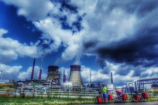 13. Çevreyi kirletmiyoruz, alternatif enerji üretim yöntemleri için kamuoyu oluşturmaya çalışıyoruz.